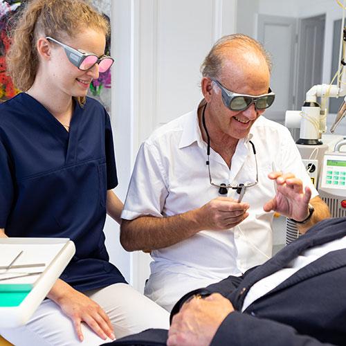g13Zahnärzte Wien Josefstadt - Moritz / Zimmermann - Behandlung